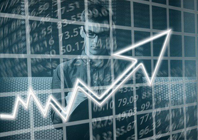 Analisi fondamentale e analisi tecnica