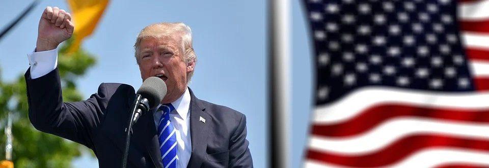 Twitter banna Donald Trump e crolla in Borsa