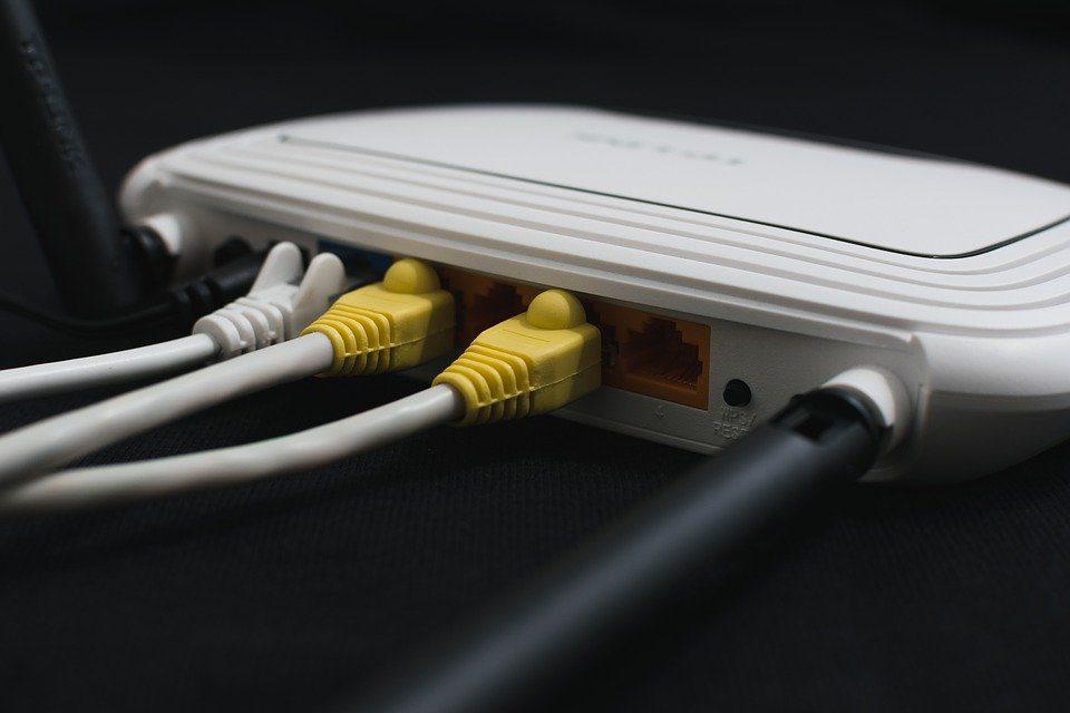 Fibra ottica Internet, TIM, aumentano i comuni italiani coperti dalla banda ultralarga