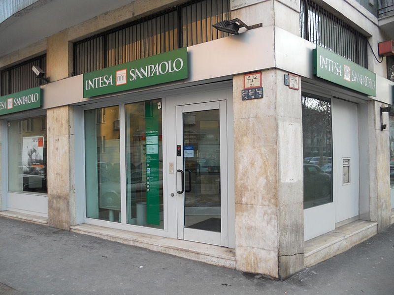 Banche FTSE MIB, Intesa Sanpaolo fa il pieno di utili nel primo semestre del 2021