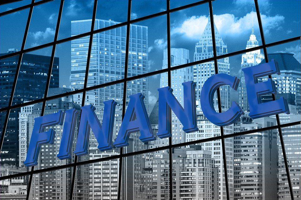 Servizi finanziari abusivi, la Consob oscura altri 5 siti web