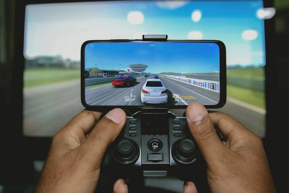 Mobile Drive di FIH Mobile e Stellantis, è nata la joint venture paritetica